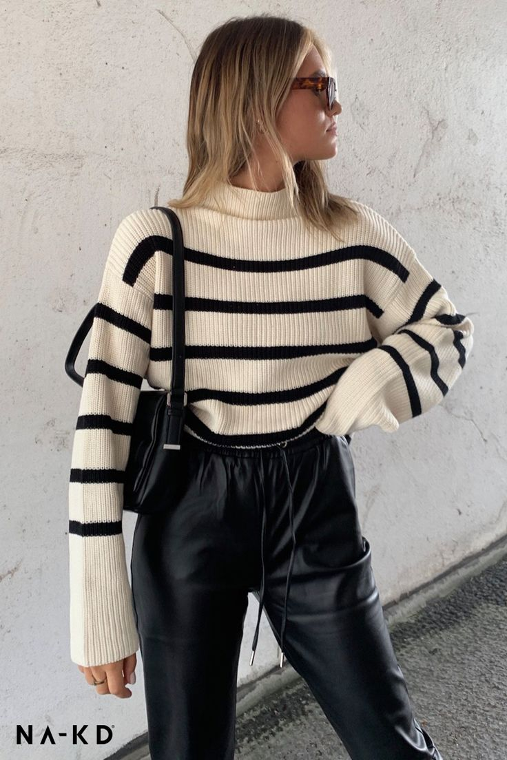 ✨High Neck Striped Knitted Sweater ✨