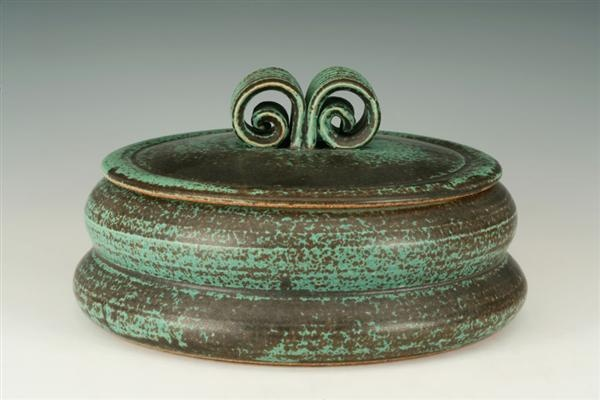 Val Cushing,  stoneware casserole. AKAR Design- i like the lid handle