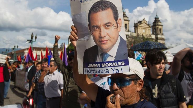 "Guatemalan President Jimmy Morales announced Sunday he is expelling the head of a U.N. anti-corruption commission that is investigating the president's campaign financing.  A video posted on the government's Twitter site showed Morales declaring Ivan Velasquez ""non... - #Anticorruption, #Chief, #Expels, #Guatemala, #President, #TopStories"