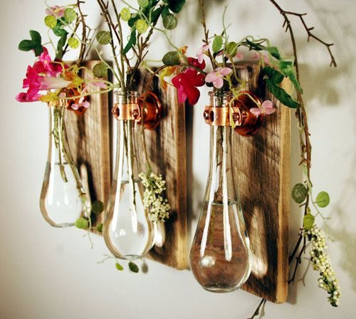 Test tube vases.