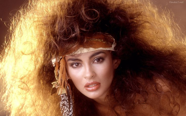 The Big Hair form the 1980s for Women