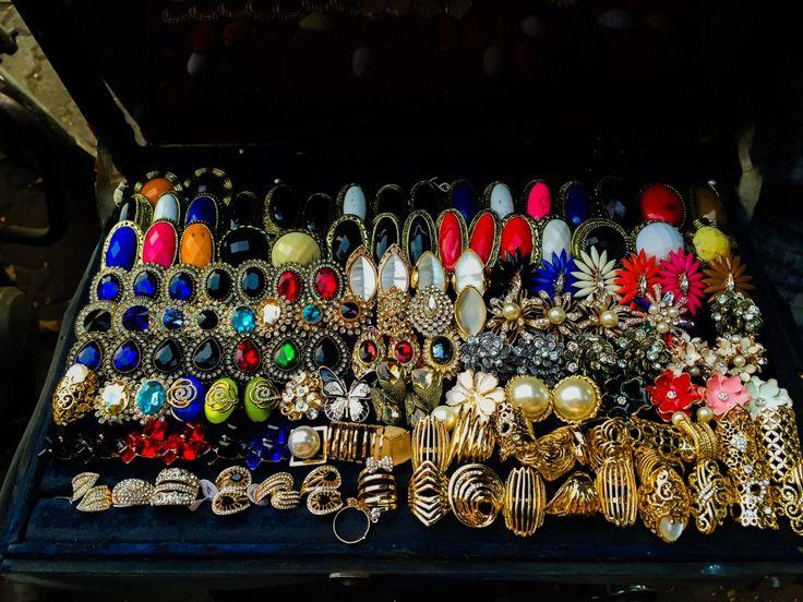 Bandra Linking Road - Street, Shop, Eat, Repeat