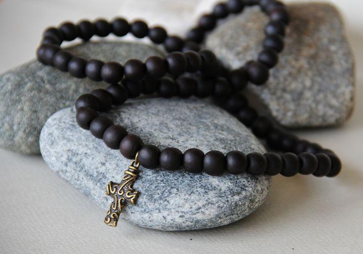 long collier croix perles de bois santal ( pendentifs au choix) : Bijoux pour hommes par made-with-love-in-aiacciu