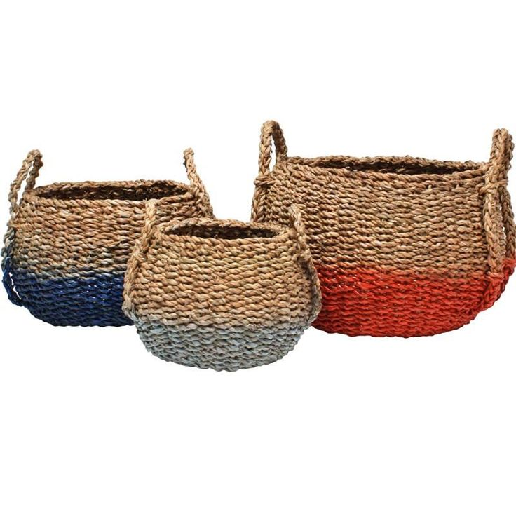 Set of 3 baskets made of Seagrass with white,blue or orange dip.For decoration or storage.Great for toys,laundry even sport equipment.€160
