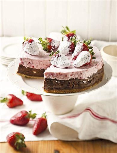 Raspberry and Chocolate Cheesecake