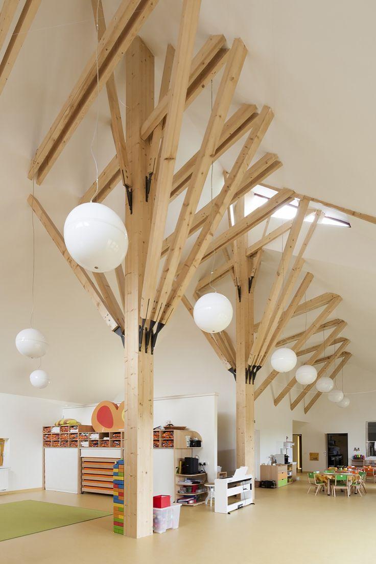 Jardim de Infância em Dobrin / Atelier 8000