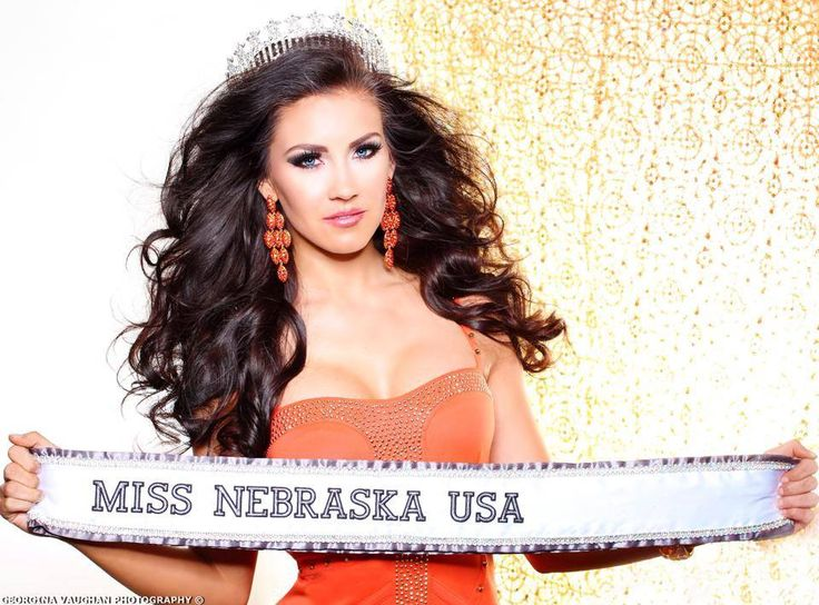 Top 10 Pageant Hair and Makeup Artists of 2014  http://thepageantplanet.com/top-10-pageant-hair-and-makeup-artists-of-2014/