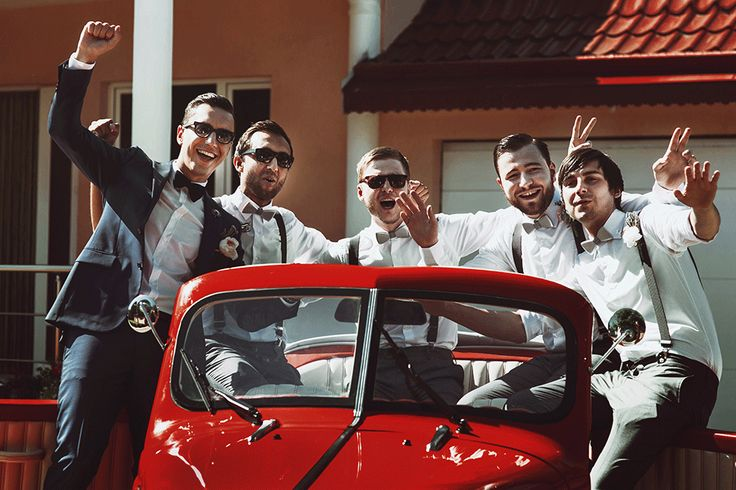 Wedding cars can really add to The Big Day as you get to arrive and leave in style! Here are SmartGroom's top tips to hiring wedding cars... #weddingcar