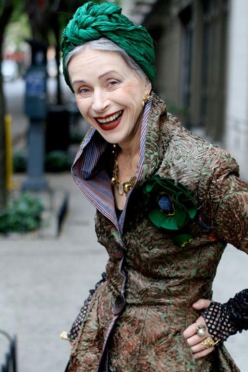 Nyマダムのおしゃれスナップ展が渋谷で - アリ・セス・コーエンが撮影した60~100歳の女性たち