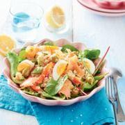 Frisse quinoasalade met zalm - Een echte energie booster, deze frisse salade met quinoa en zalm. #recept #gezond #vis #JumboSupermarkten