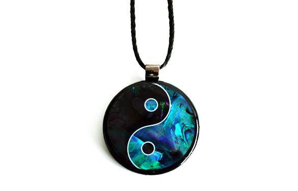 Paua World - Yin Yang Paua Shell Pendant, $29.90 (http://www.pauaworld.com/yin-yang-paua-shell-pendant/)