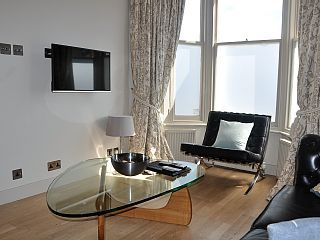 Perfect+Location+to+Explore+London!+++Vacation Rental in London from @homeaway! #vacation #rental #travel #homeaway
