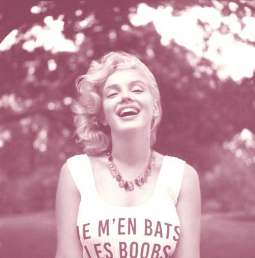 #jemenbatslesboobs #marilynmonroe #girlpower