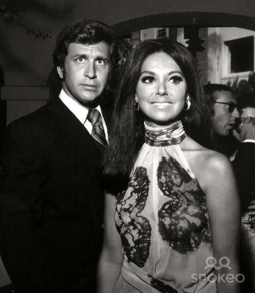 Actor/director Ted Bessell was born today 3-20 in 1935. He' s best remembered today for his role as Donald Hollinger, Marlo Thomas' boyfriend/fiance on TVs That Girl. Bessell passed in 1996.