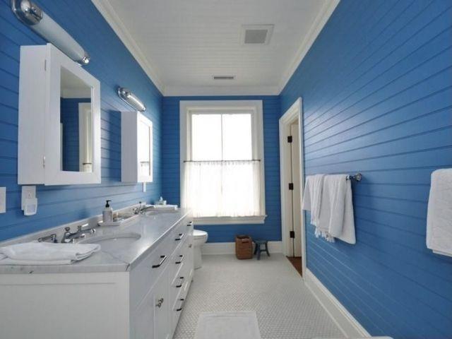 idée déco salle de bains mur en couleur bleue avec armoires