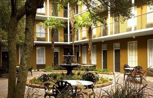 Quality Inn & Suites Maison St. Charles New Orleans