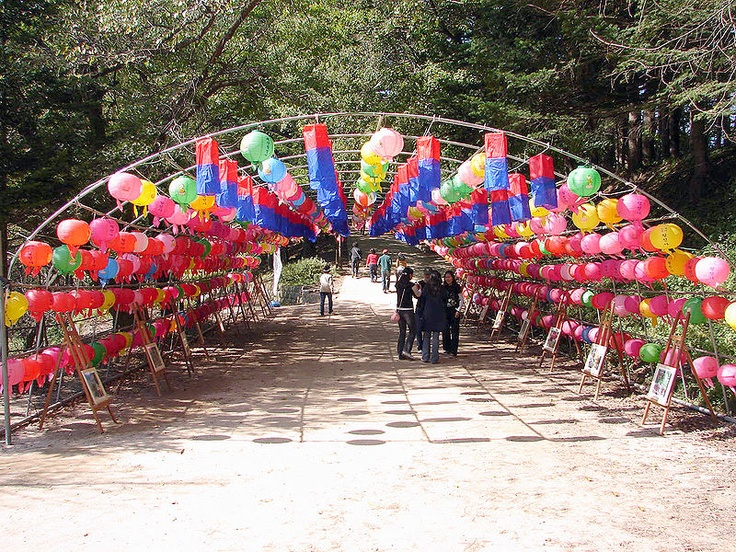 From Wkipipedia:  Tunnel of lanterns at Wolijeongsa's entrance.  Woljeongsa is a head temple of the Jogye Order of Korean Buddhism, located on the eastern slopes of Odaesan in Pyeongchang County, Gangwon Province, South Korea. Woljeongsa was founded in 643 by the Silla monk Jajang.