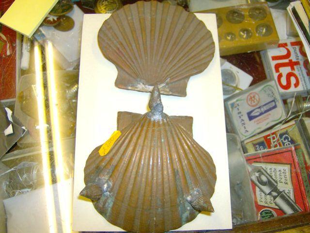 Antigüa gabeta concha de Vieira añodizada con baño de cobre electrolitico - Galicia; técnica habitual por los años 50 para recubrir conchas diversas de moluscos con baño de cobre