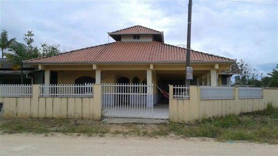 Casa com 3 Quartos à Venda, 125 m² por R$ 350.000 Centro, Penha, SC, Foto 0