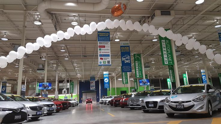 Longest FIELD GOAL here at Autoplanet Direct!  #superbowl #superbowl2017 #houston #football #autopdirect #autoplanetdirect #usedcars #happy #performanceautogroup #Brampton #ontario #winter2017 #autoplanet #superbowlsunday #halftime #ladygaga #pepsi #fieldgoal #apdmarketing #foilballoons #balloons #decor