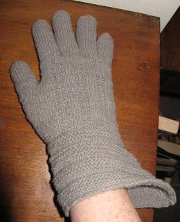 Gunnister man gloves