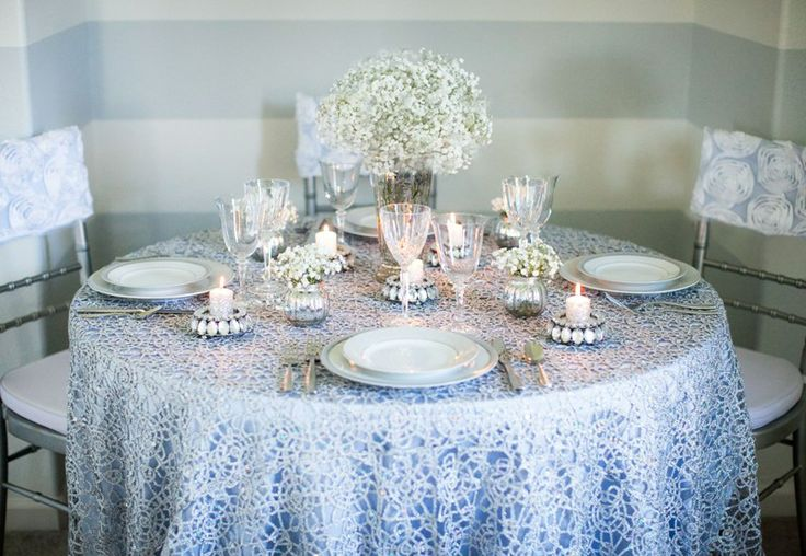 Crisp and Clean! Winter themed table