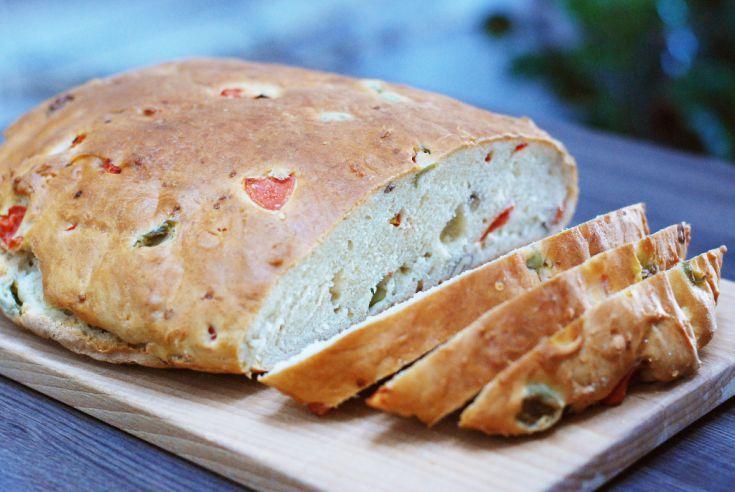 Fotorecept: Olivový chlieb s vlašskými orechmi