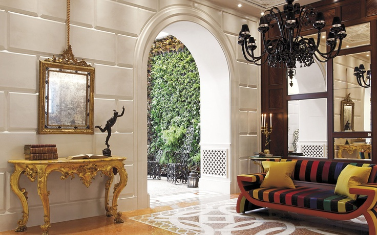 GORGEOUS SHOW-ROOM WE HAVE JUST FINISHED IN MILAN