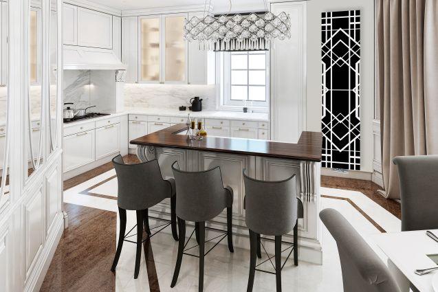 Elegancka biała kuchnia ze szklanym grzejnikiem dekoracyjnym Nova Glass od Radox Radiators z motywem Art Deco