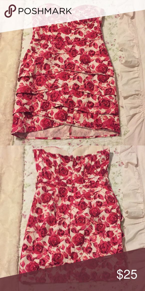 Floral Strapless Mini Dress This little number is perfect for a brunch with friends, or date night! Forever 21 Dresses Mini