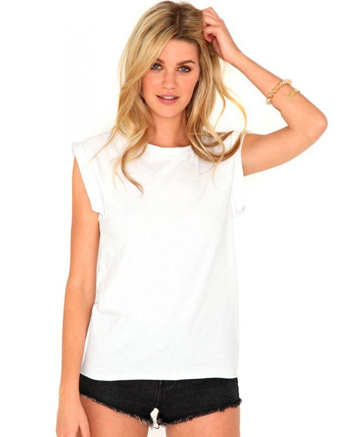 T shirt model woman google search t shirt model woman for Model white t shirt