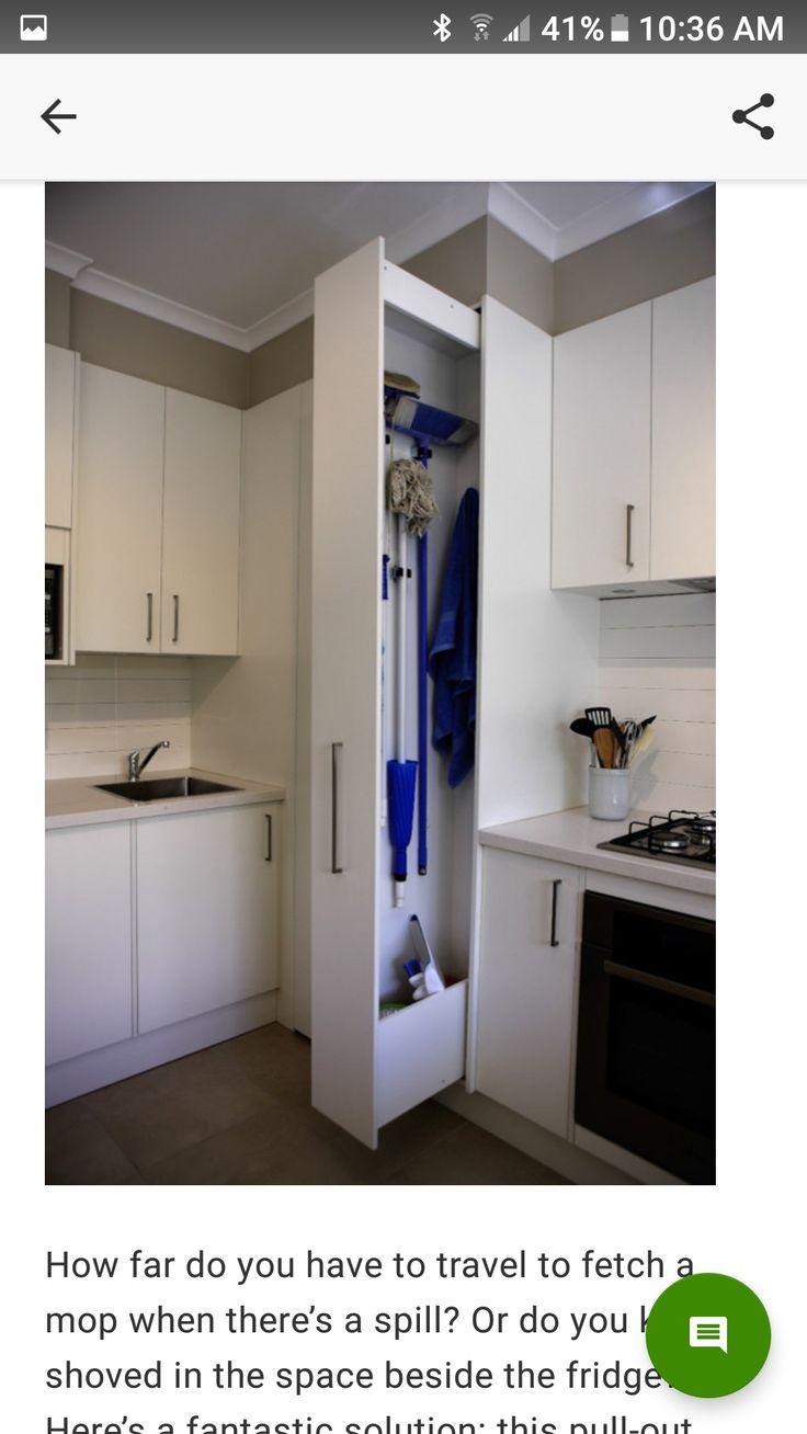 Keukenkast voor schoonmaakspullen