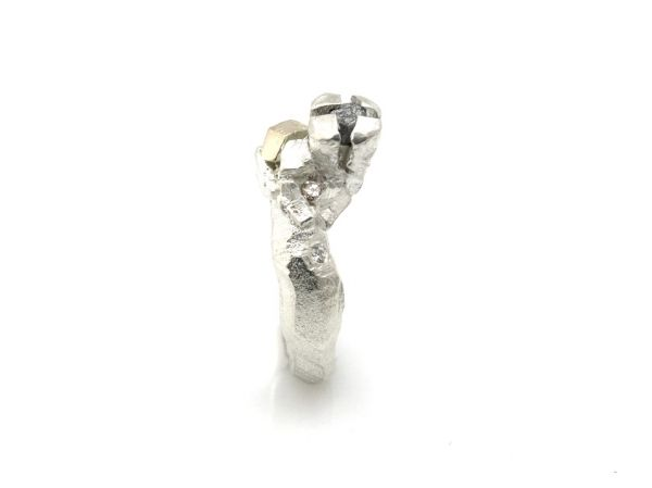Rotsring met 5 diamanten