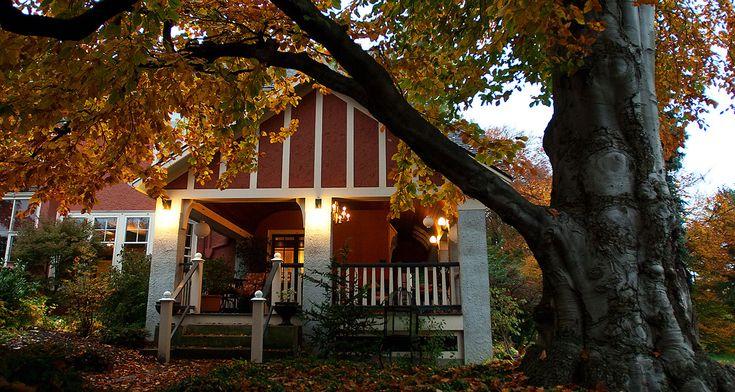 Historic Rochester B&B | Finger Lakes Luxury Inn | Ellwanger Estate