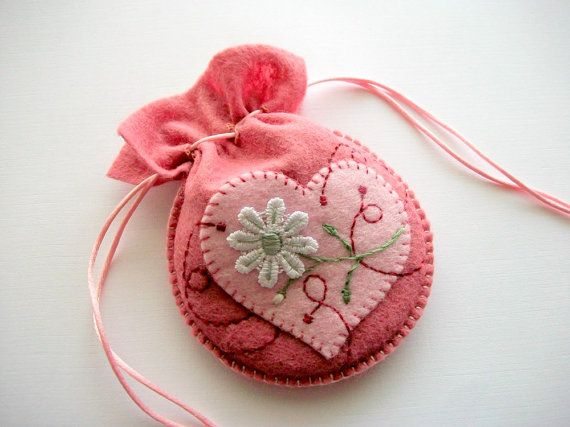 Felt Gift Bag Pink Jewelry Pouch with Lace Flower Applique Hand Embroidered Handsewn