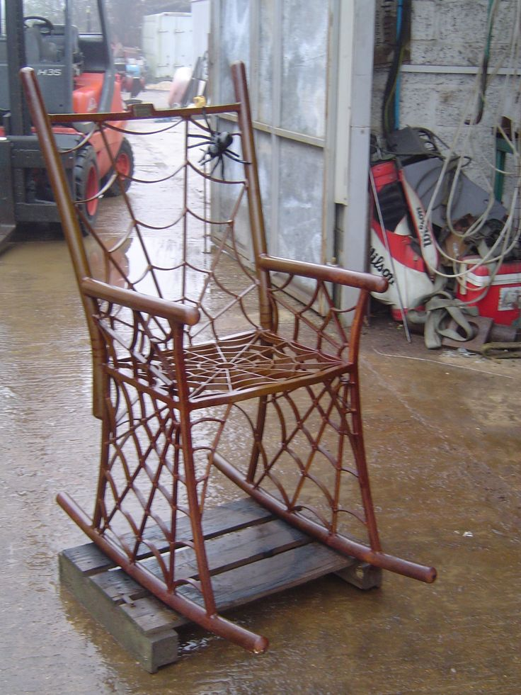 The correct rocker for the front porch on all hallows eve