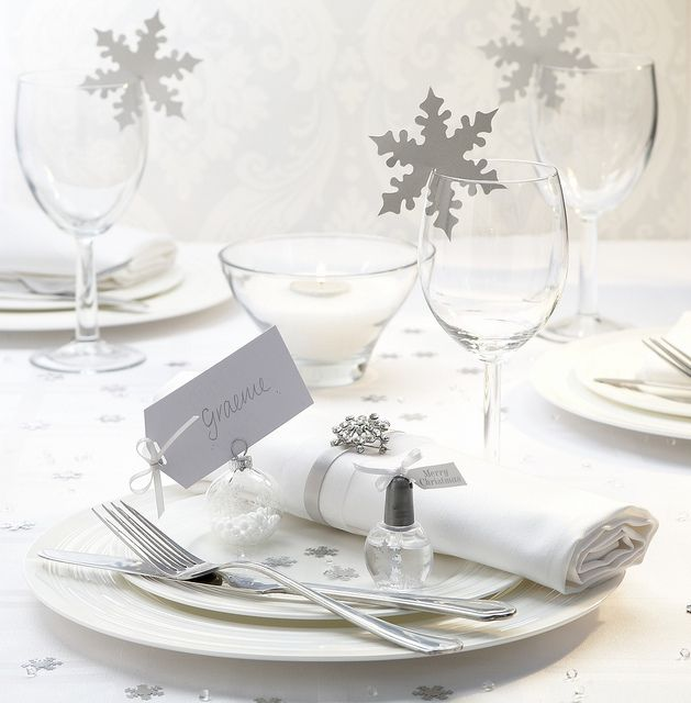 Winter Wedding Theme - Snowflakes SNefnug dekoration til vinterbryllup i sølv