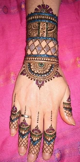 bridal hand mehndi designs images 2013 Beautiful Indian Bridal Hand Mehndi Designs Images 2013 Pics