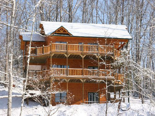 Silvercreek 4 Bedroom Luxury Gatlinburg Rental with Theater Room would be fun with a group of friends or family