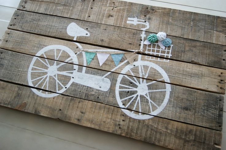 The Life of a Craft Crazed Mom: Vintage Bike Pallet