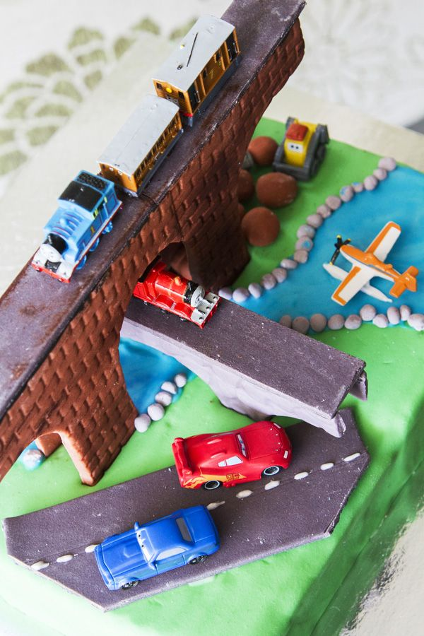 Mr 4 wanted a Thomas the Tank Engine, Disney Cars and Disney Planes (3 tiers and moving - ummmmm not this time! Cake time - another view
