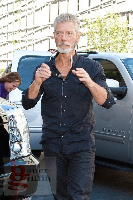 Stephen Lang arriving at Comic Con 2011.