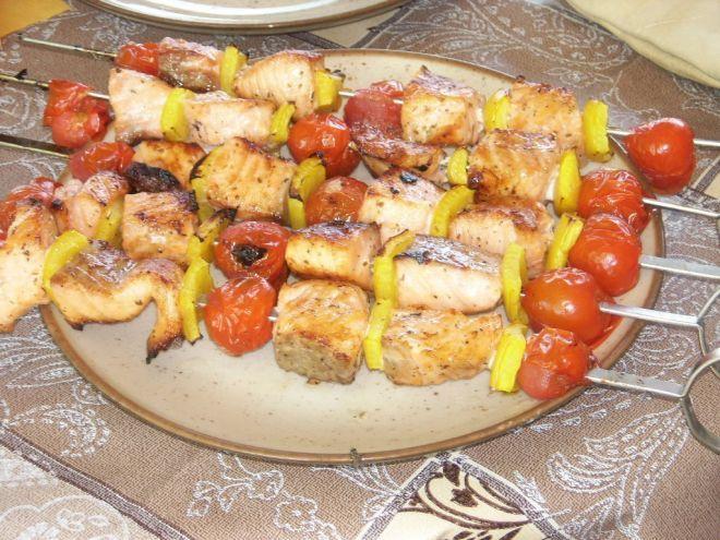 Recette Plat : Brochette de saumon marinée au citron et aux herbes par Sandr1ne