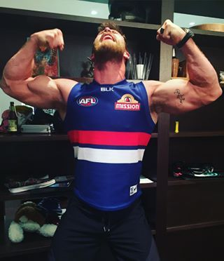 And no one was happier than Bulldogs fan Chris Hemsworth, who posted this photo and hoo boy I think I need to sit down for a while. | Chris Hemsworth's Football Team Won An Important Game And Hoo Boy