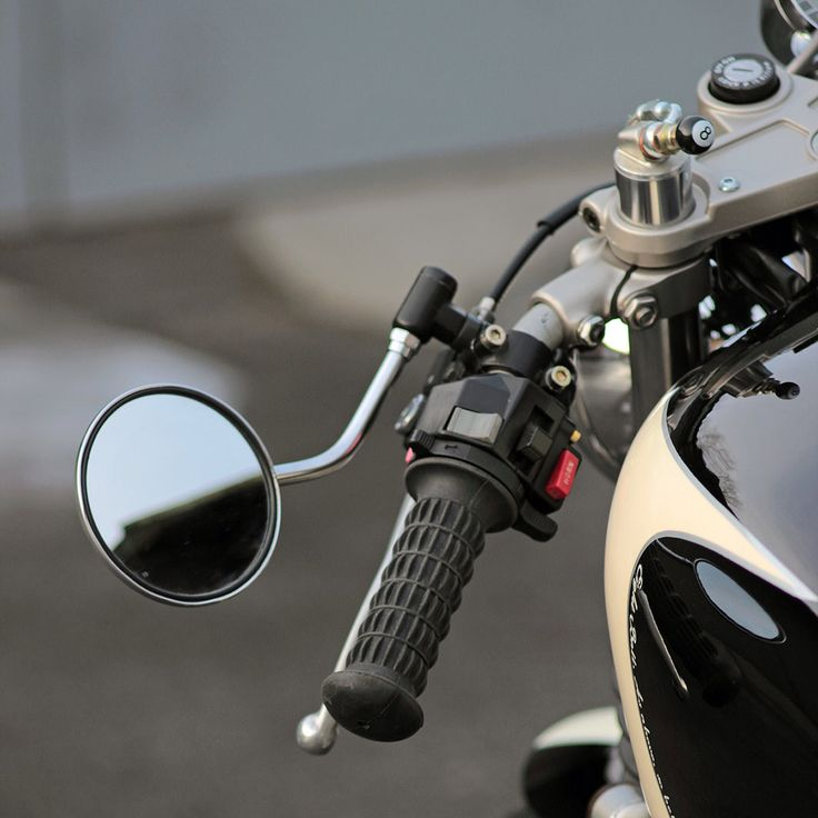 Eight Ball: A Yamaha XJ400 cafe racer from Kiev | Bike EXIF