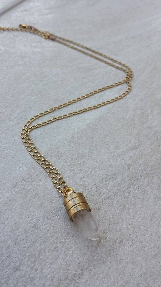 Vintage Brass Chain Quarz Crystal Pendant, Boho Chic, Gift for Her, Christmas Gift by Lycidasjewelry on Etsy