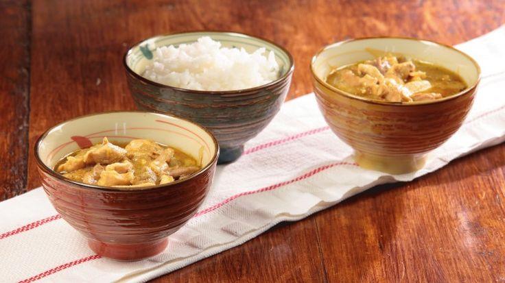 Ricetta Pollo al curry verde con melanzane: Ecco un'altra versione di pollo al curry, questa volta con l'utilizzo del curry verde in abbinamento con le melanzane ed il latte di cocco a legare il tutto. Provate anche questo, vedrete che non potrete più farne a meno.