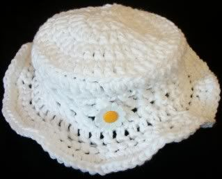 sun hat for baby (adjust instructions for larger sizes)