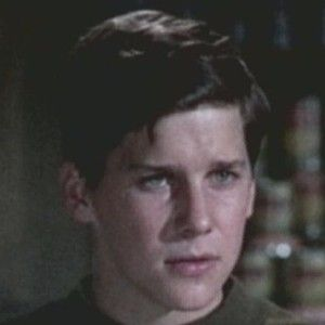 Tim Matheson in yours mine and ours (1968) <3