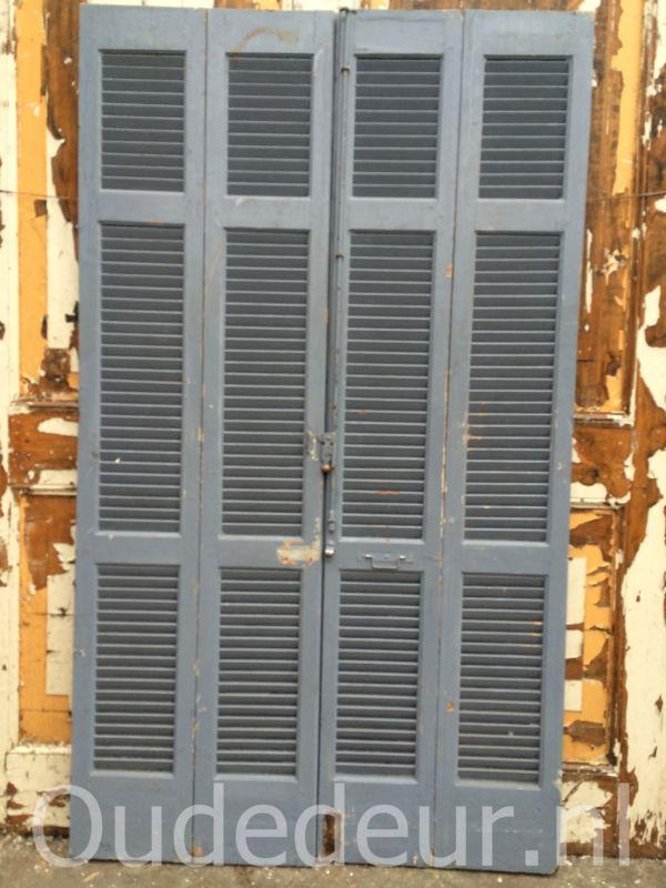 nr. L166 set van vier oude raamluiken